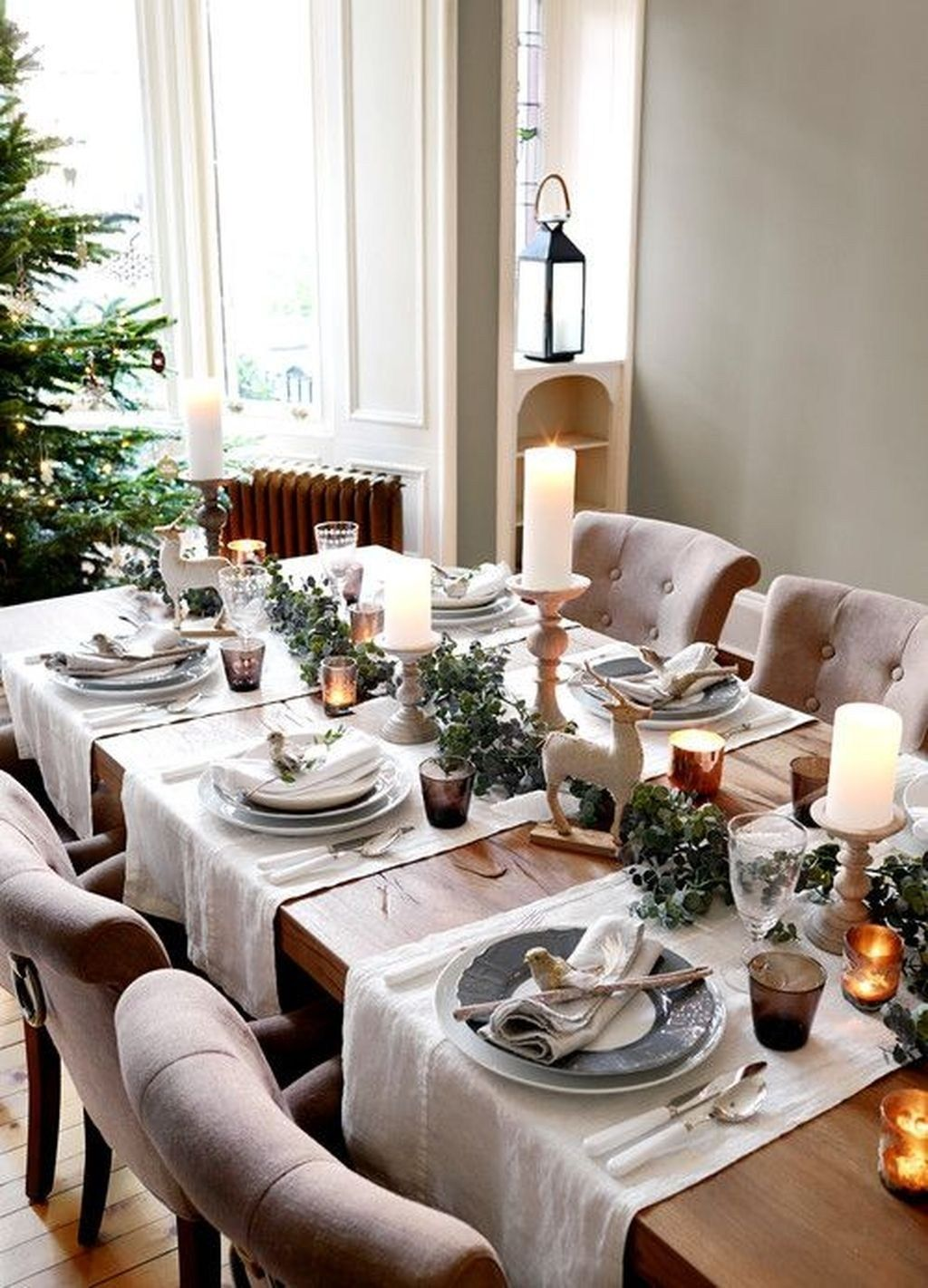 34 Cool Winter Decorations Table Settings Ideas Christmas Dining