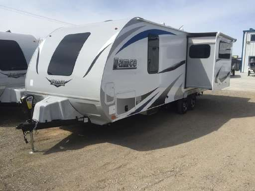 Check Out This 2019 Lance 2285 Listing In Lancaster Ca 93536 On