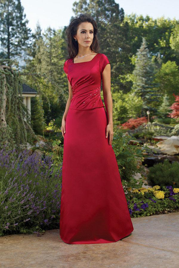 38baa5081a5 2015 Red Satin Square Short Sleeves Beading Ruched Floor Length Mother of  the Bride Dresses MBD0063
