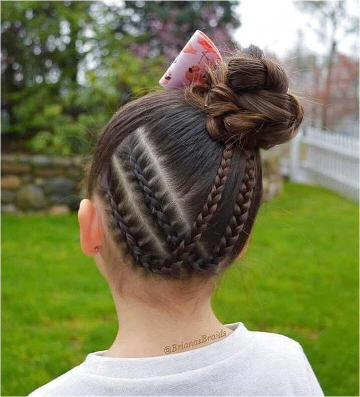 This Is So Cute To Me Classicboxbraidhairstyles Click For Further Information Cuteboxbraids Hair Styles Girl Hairstyles Braids For Long Hair