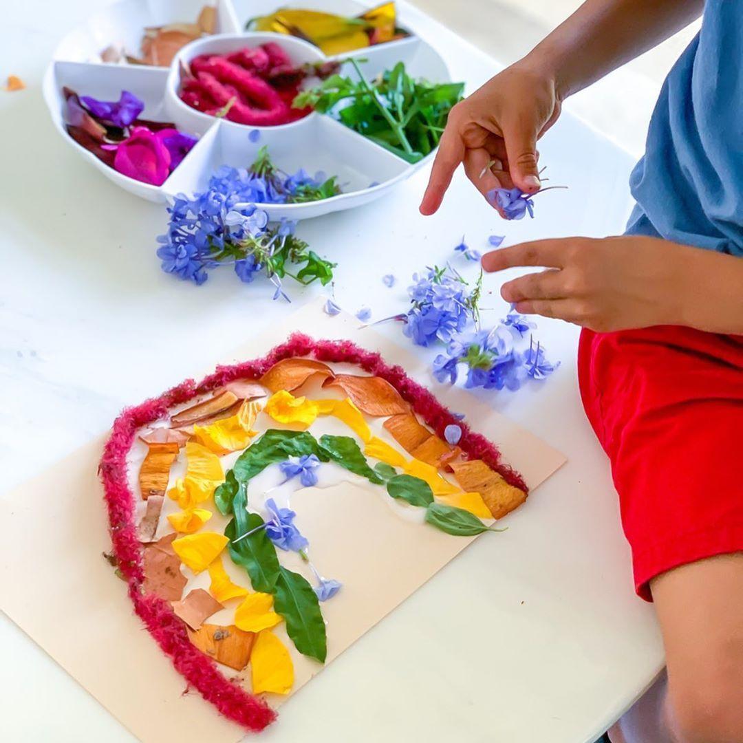 Art Nature Avec Des Fleurs Activites Collage Je Cree Un