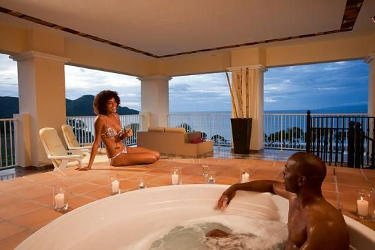 Riu Costa Rica S Jacuzzi Suites Are Perfect For Honeymoons
