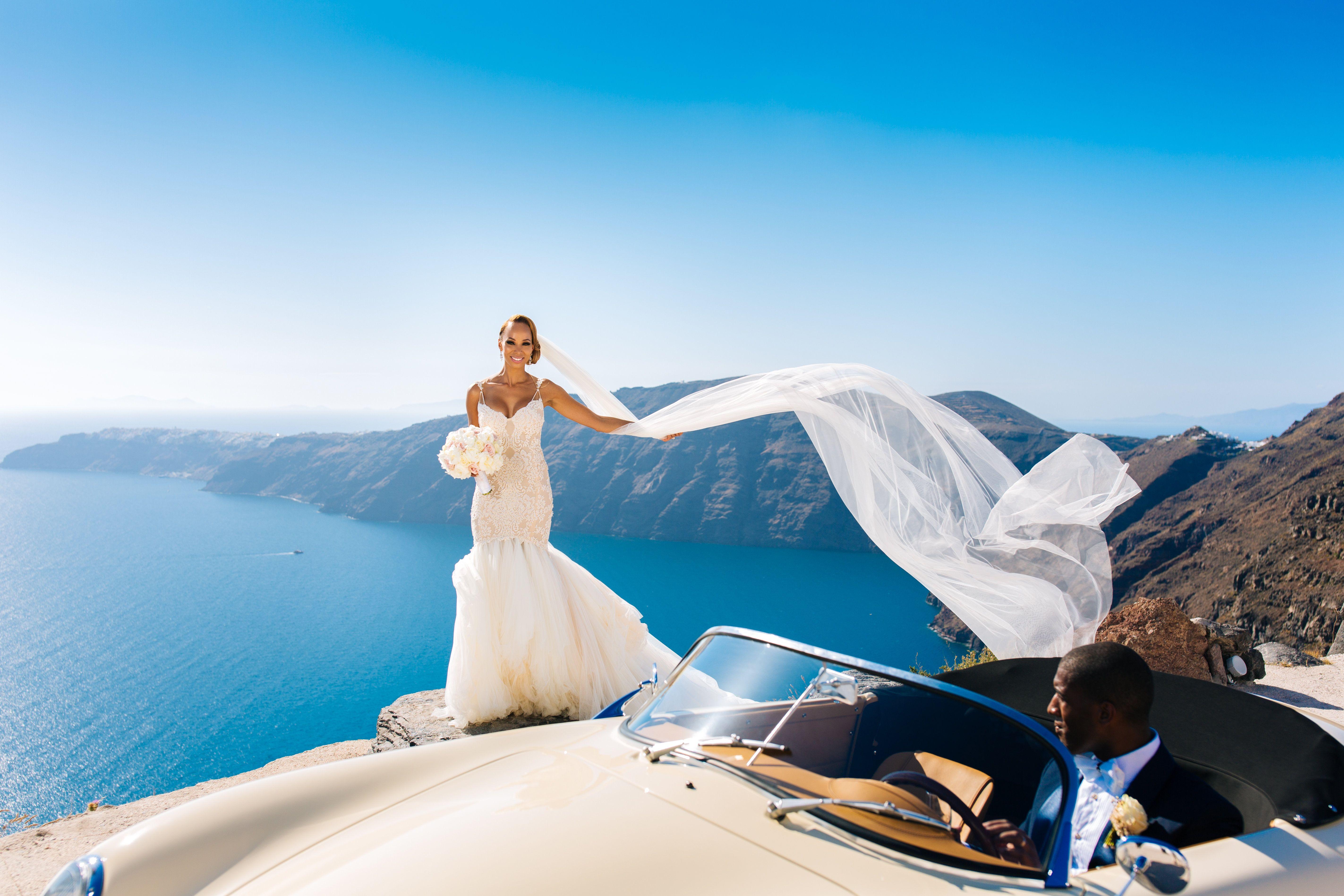 Bridal Bliss: Jordan and Essie\'s Romantic Santorini Wedding Is the ...