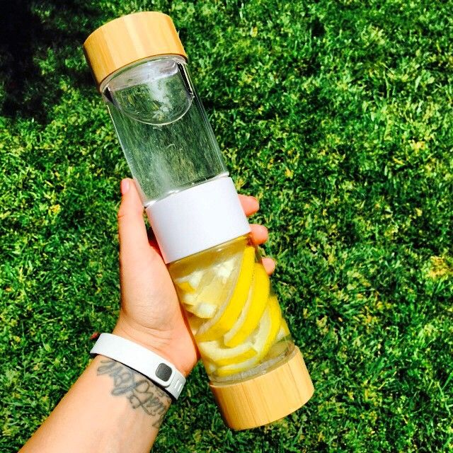 Addicted to this fruit infuser water bottle! No more buying $3 Voss water bottles (just for the bottle) anymore! #DetoxWater #DefineBottle
