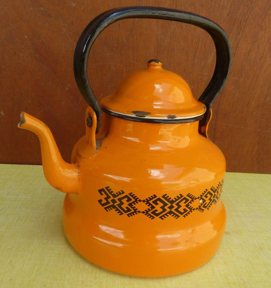 ancienne bouilloire maill e orange pour d co de cuisine esprit vintage enamel ware. Black Bedroom Furniture Sets. Home Design Ideas