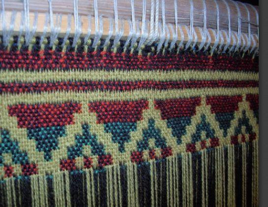 Doubleweave On A Warp Weighted Loom By K Larson Vefna 240 Ur