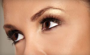 How To Get An Eyelash Out Of Your Upper Eyelid
