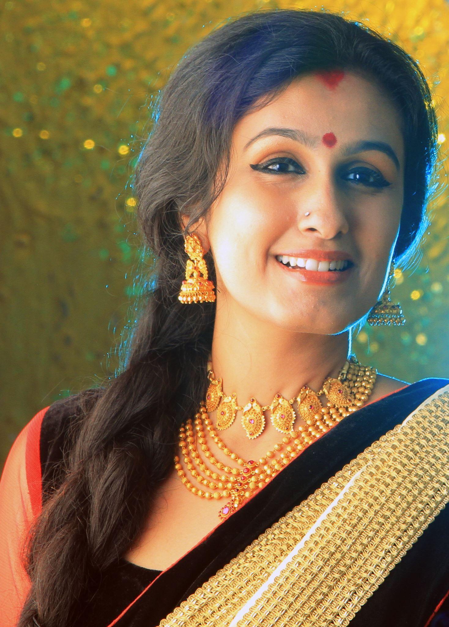 Suhasini in gundla haram jewellery designs - Being Married Sasi Pradha