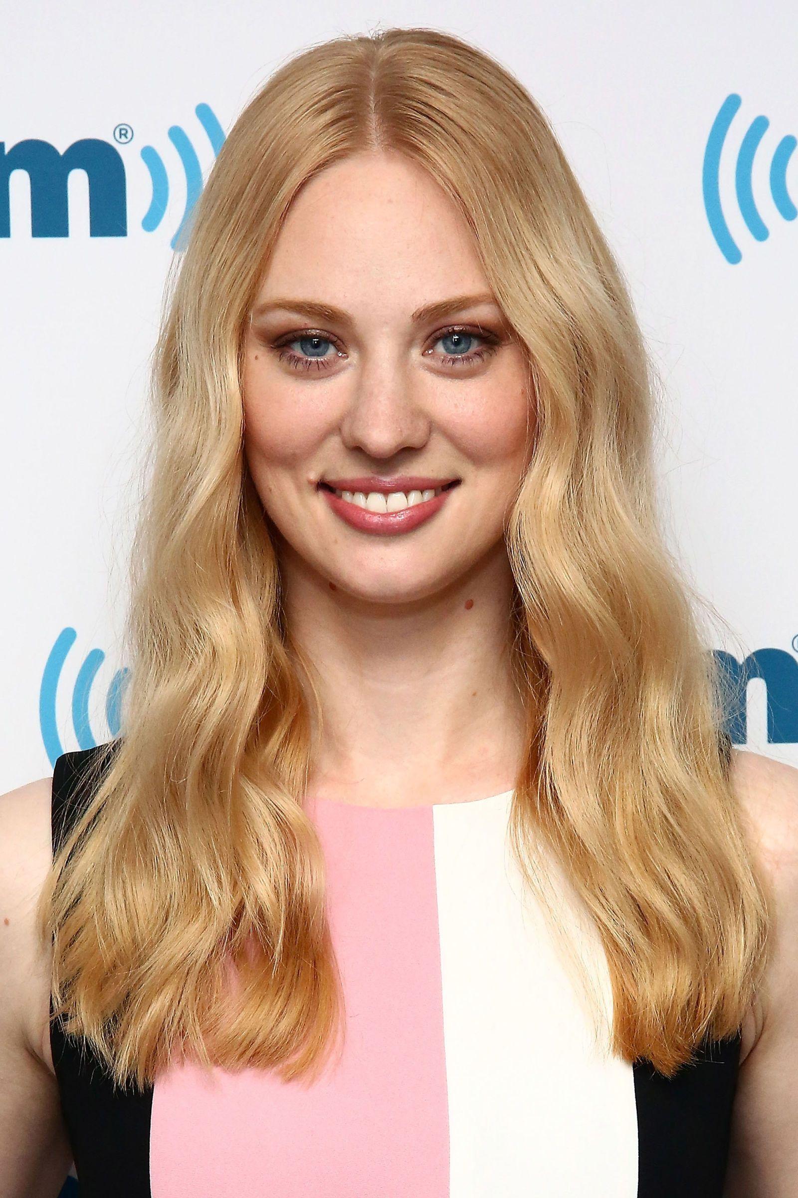 16 New Ways To Wear Strawberry Blonde Hair Hairs Pinterest