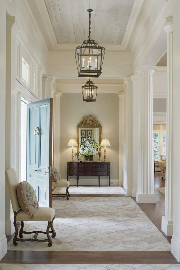 Splendid Sass: THE FOYER ~ THE FIRST IMPRESSION