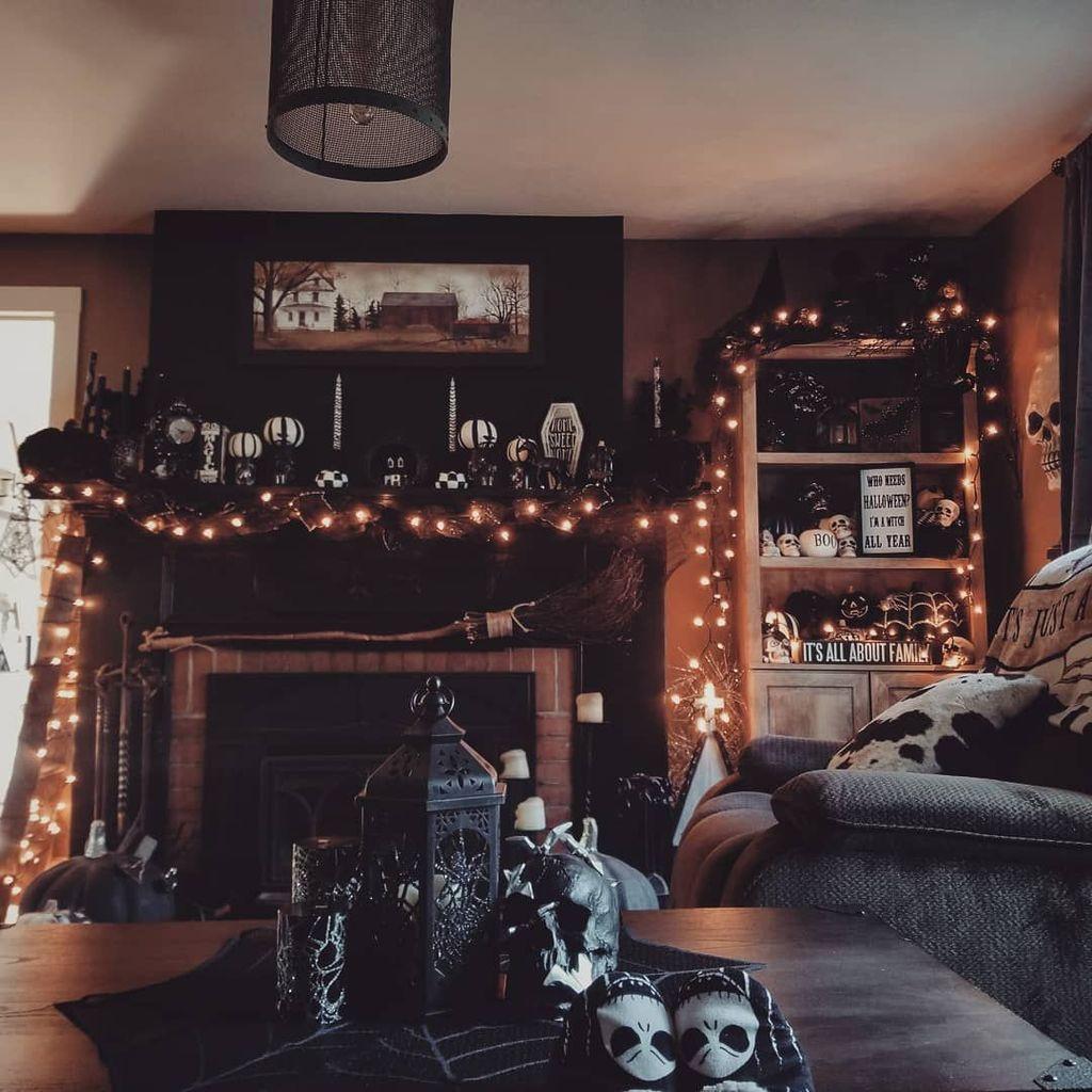 55 Gorgeous Halloween Living Room Décor Ideas