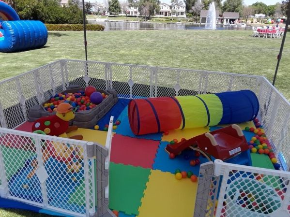kid zone customizeable play zone for parties rental in san antonio great for birthday parties. Black Bedroom Furniture Sets. Home Design Ideas