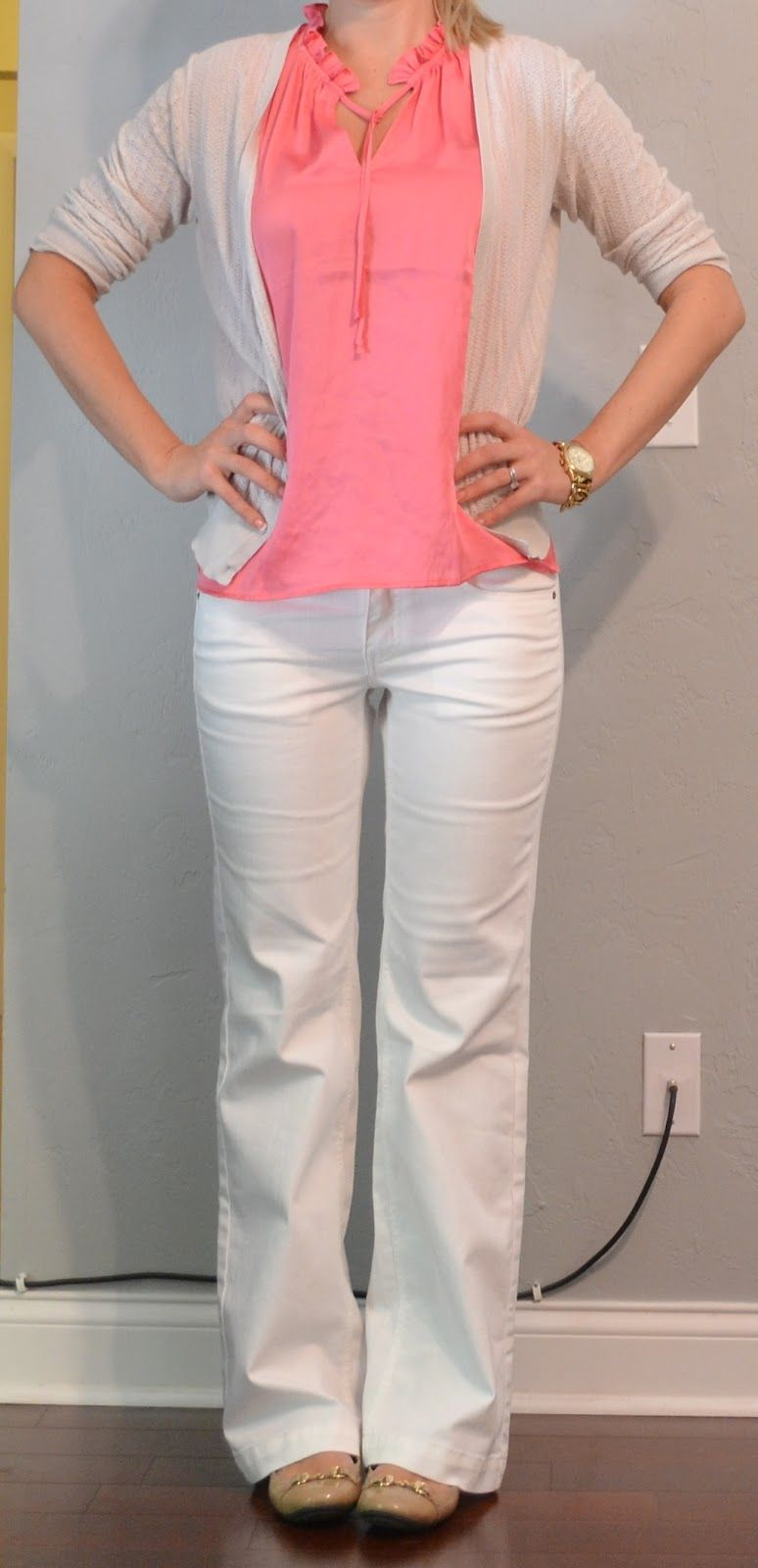 outfit post: coral top, white pants, cream cardigan - Outfit Post: Coral Top, White Pants, Cream Cardigan Style
