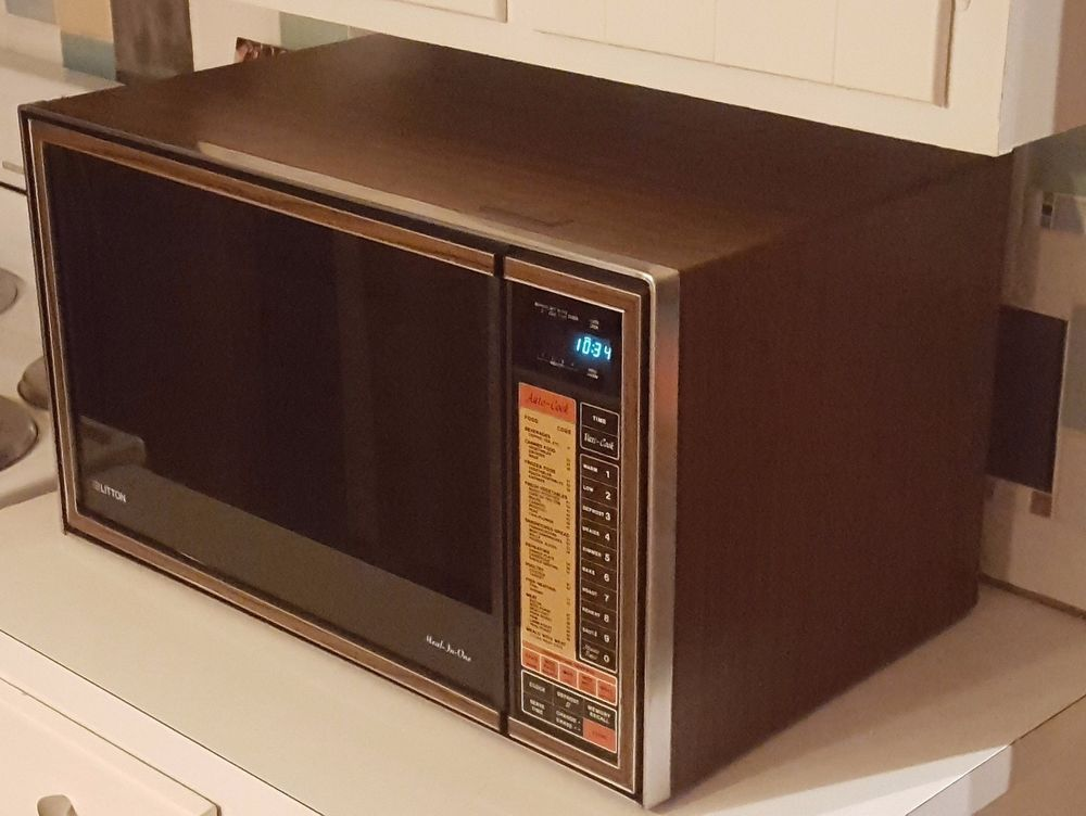 1981 Litton Meal In One Gigantic Microwave Oven
