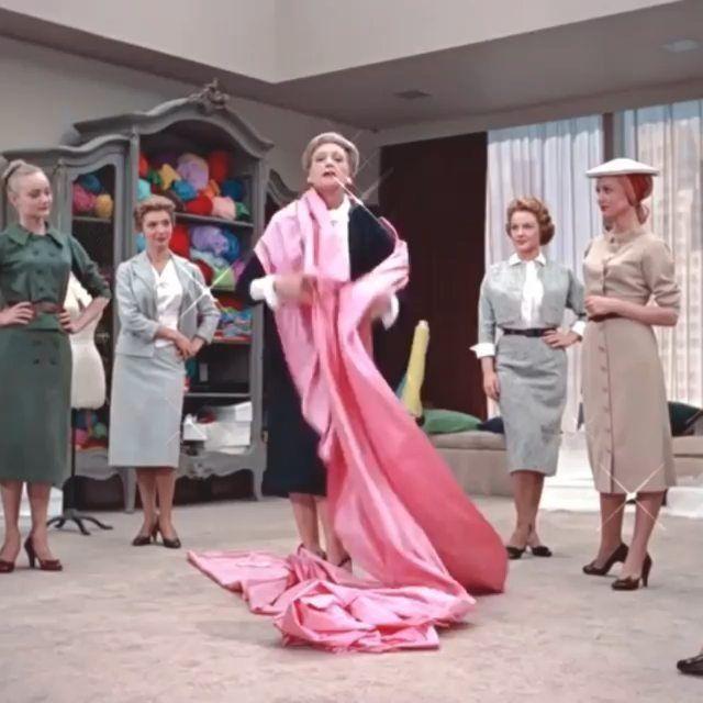 Think pink! On Wednesday we wear pink.. . . . #pink #thinkpink #pinkpinkpink #onwednesdayswewearpink #funnyface  #wax #onwednesdayswewax #pinklove