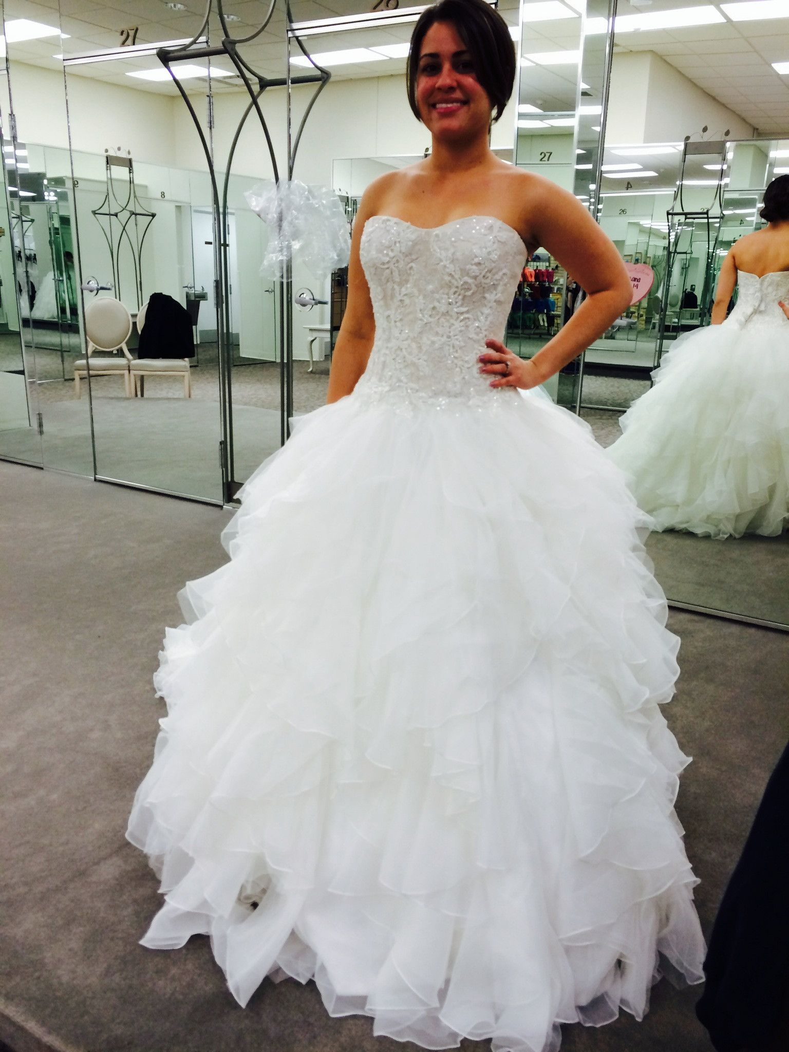 This Beautiful Dress Was Purchased New In 2014 It Is Chagne Color And A Size 4 However Has Been Modified Closer To 2: Strapless Ruffle Wedding Dress At Reisefeber.org
