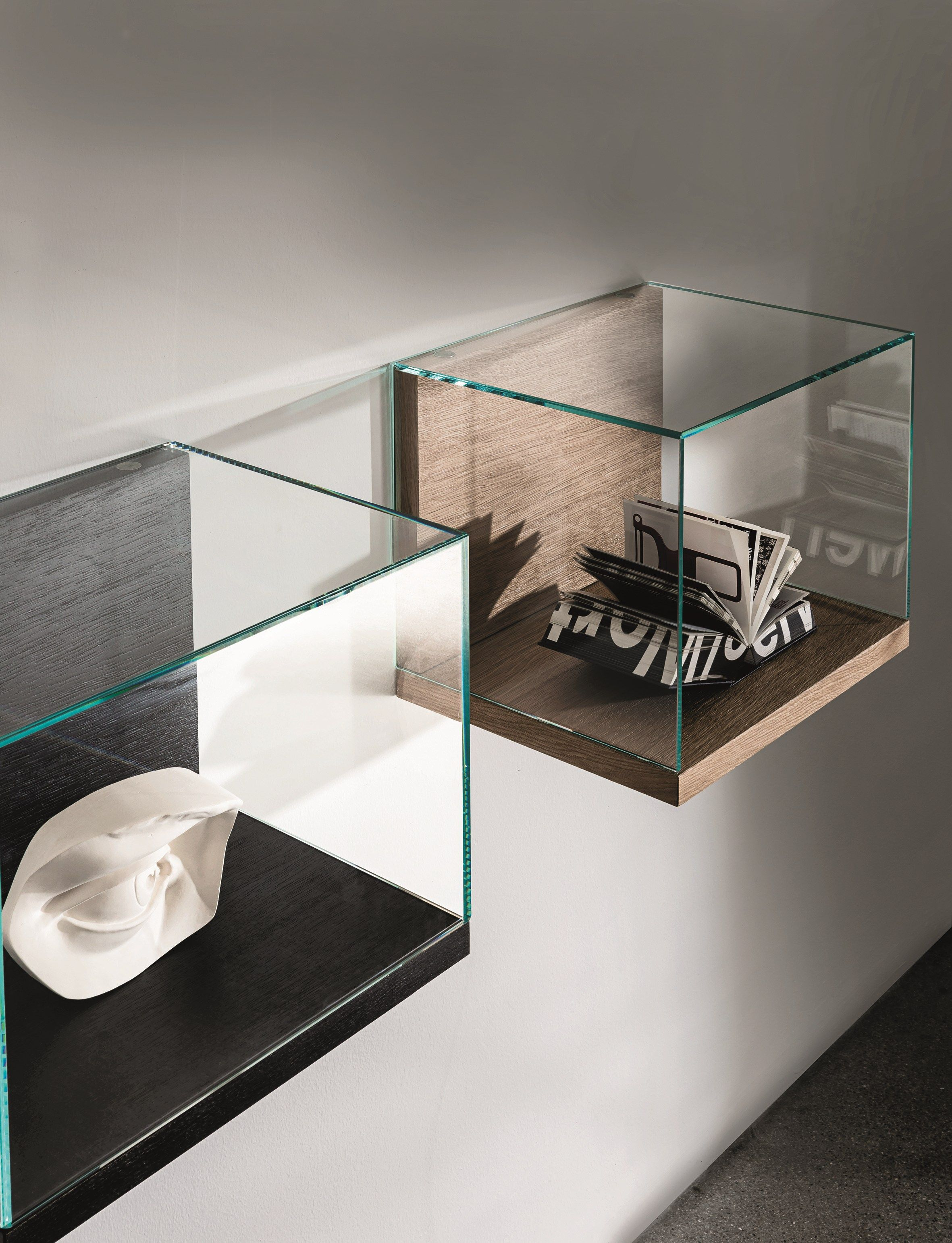 NEST WALL VERSION Retail display case by SOVET ITALIA design