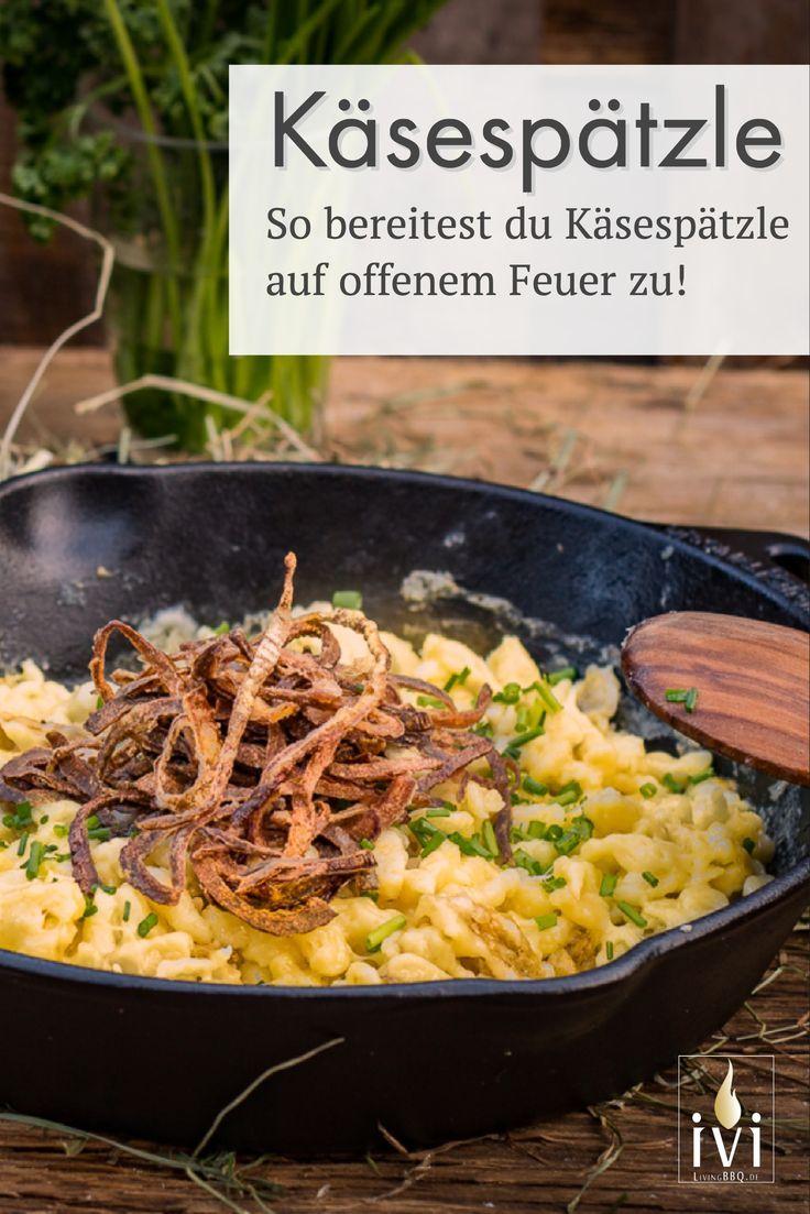 Käsespätzle mit Röstzwiebeln aus der Gusspfanne | LivingBBQ.de