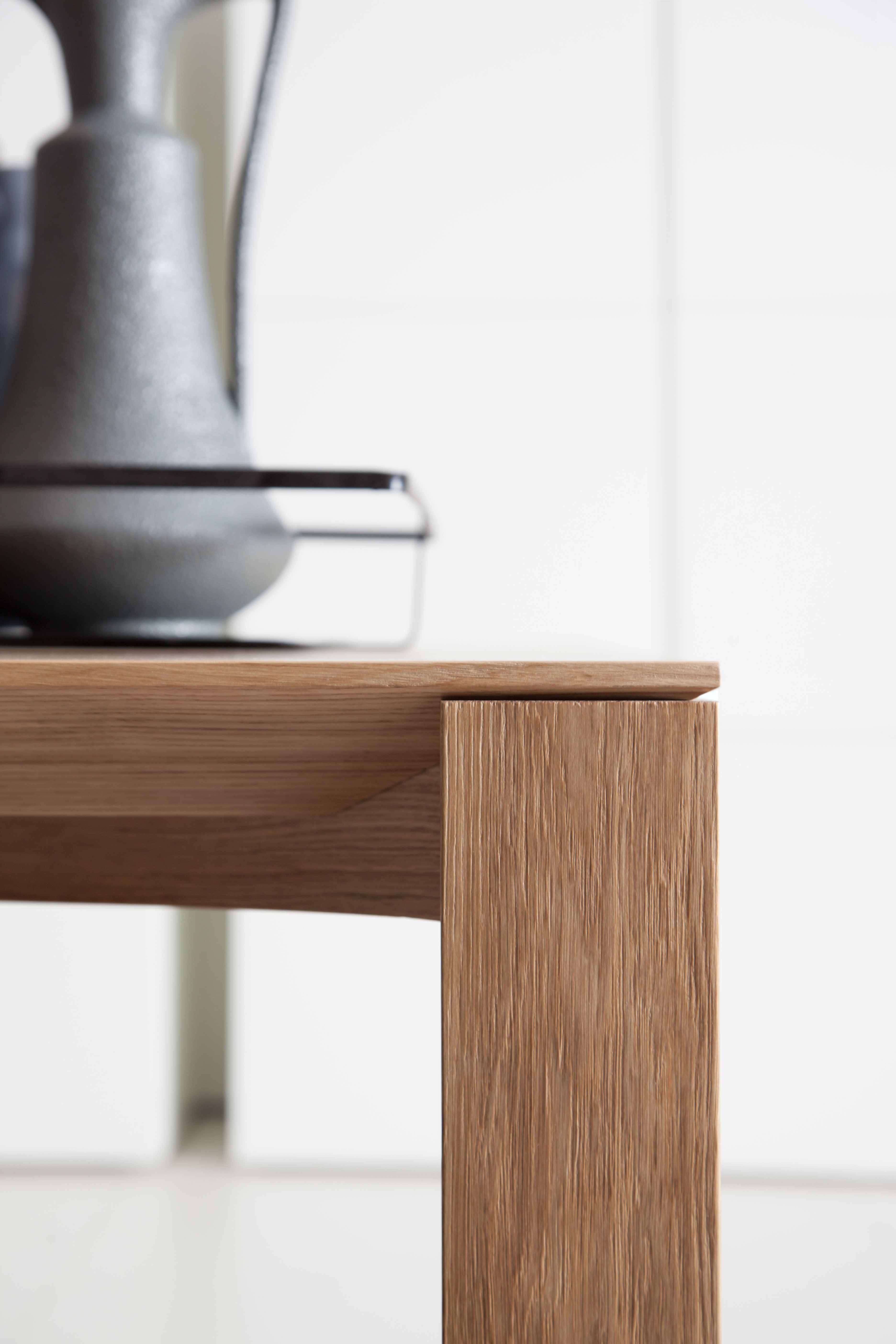 Wood Table - details