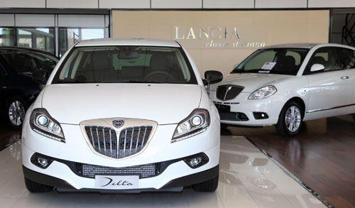 Las ventas de coches nuevos suben un 15,5% en noviembre. Gracias al PIVE y al PIMA Aire, las ventas de coches nuevos registraron en noviembre una subida del 15,5%, con 55.675 unidades. Según Aniacam, el año finalizará con 720.000 automóviles matriculados, entre un 2 y un 3% positivo respecto a 2012.