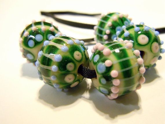 Victoria Set of 5 Lampwork Beads UK SRA fhfteam by helenjewellery, £22.00
