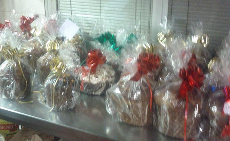 Dolci artigianali di Natale (2012) della Pasticceria 3MT.  Panettone, Pandoro, decorazioni di zucchero e cioccolato...  www.3mtpasticceria.it