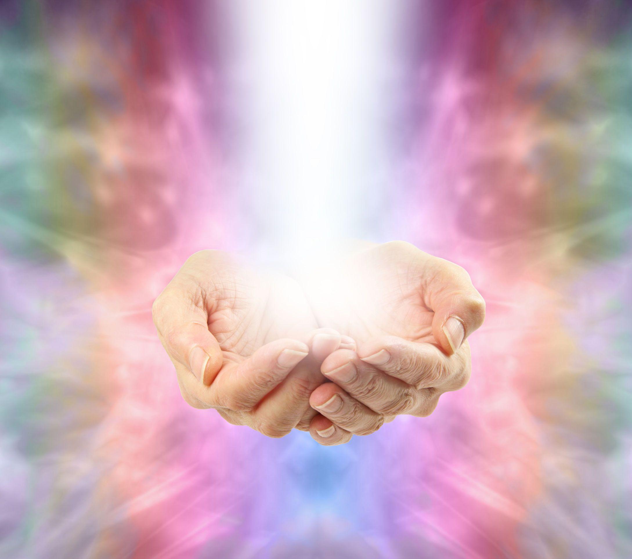 Resultado de imagem para hand light spiritual