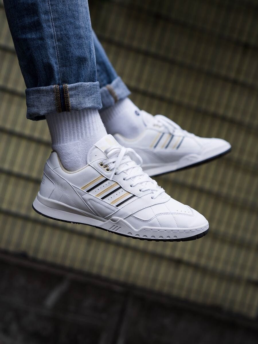 various colors 19747 50335 adidas Originals AR Trainer
