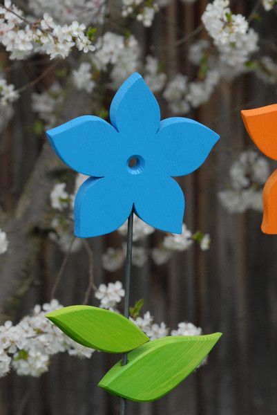 Sommerblume *SPITZ* 20cm aus Holz Garten-Deko Wood flowers - gartendekoration aus holz