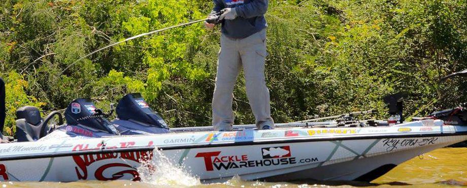 Mark Menendez Pro Bass Boat Wrap Boatwrap Bassboat Wraps Skeeter Strikeking Boat Wraps Bass Boat Portfolio Design
