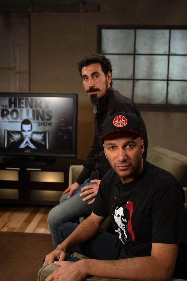 Serj Tankian & Tom Morello love everything about this picture! Including Henry Rollins in the background! Perfection! All they need is Maynard