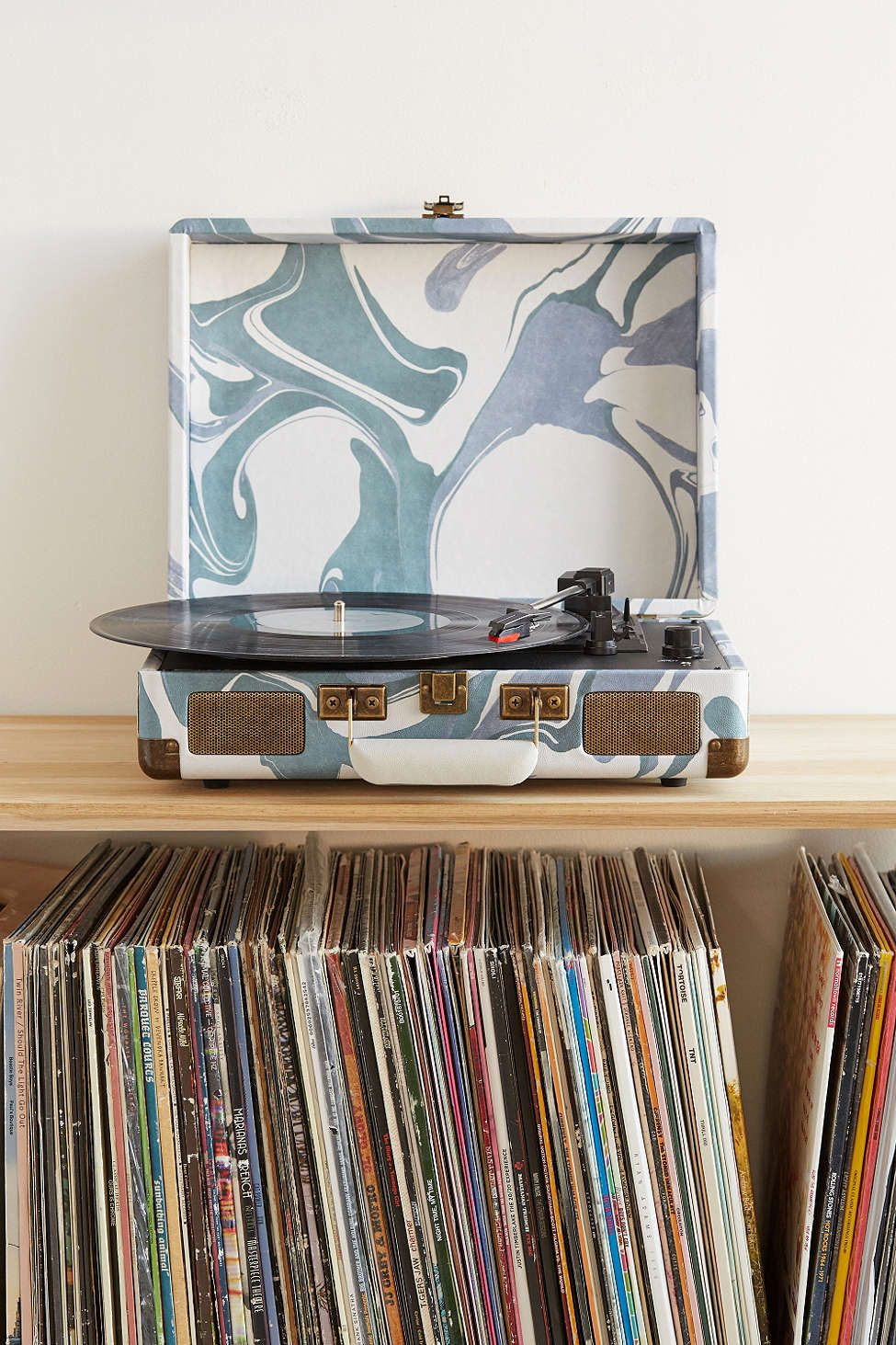 Crosley X Uo Velvet Cruiser Bluetooth Record Player Bluetooth Record Player Vinyl Record Player Record Player