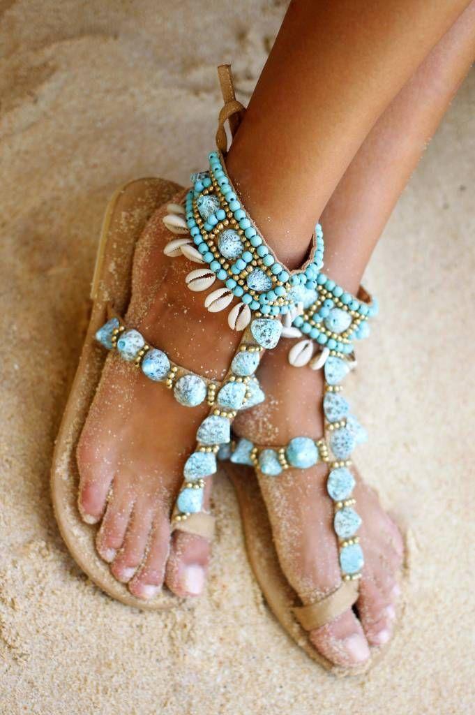 Goede Sandalen van Hot Lava met bandjes over de voet en om de enkel CA-97