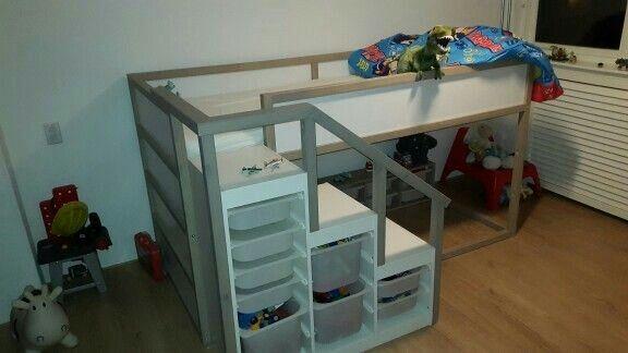 ikea mit treppe wohnen pinterest kinderzimmer kinderzimmer ideen und hochbett. Black Bedroom Furniture Sets. Home Design Ideas