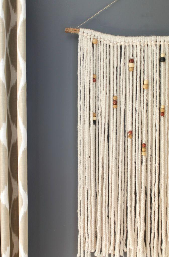 Diy macrame wall hanging yarns beads and walls for Yarn wall hanging