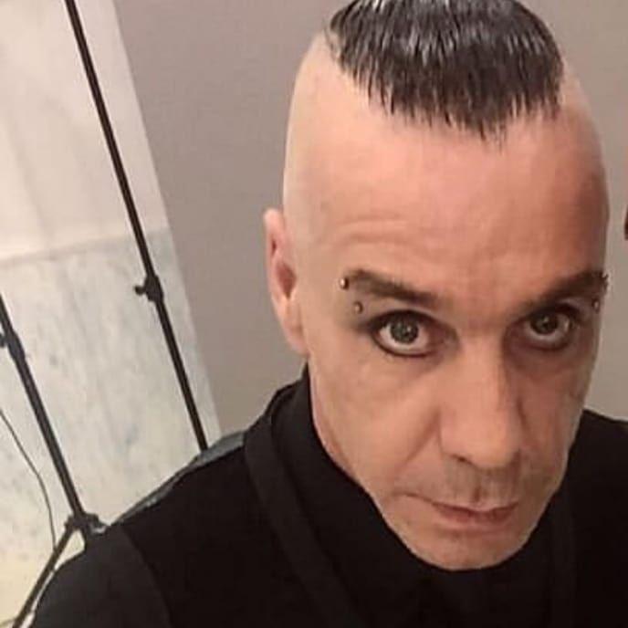 Lindemann On Instagram Deutschland Duhastvielgeweint Rammsteindeutschland Rammsteinofficial Rammstein Deutsche Sanger Lindemann