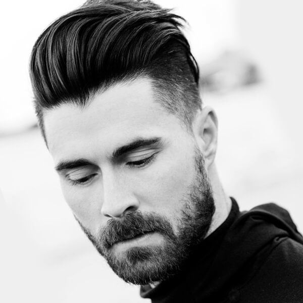 Layered Men S Undercut Hairstyle Mens Hairstyles Undercut Trending Hairstyles For Men Medium Hair Styles