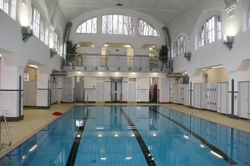 Hallenbad in krefeld uerdingen erbaut 1902 krefeld - Schwimmbad architektur ...