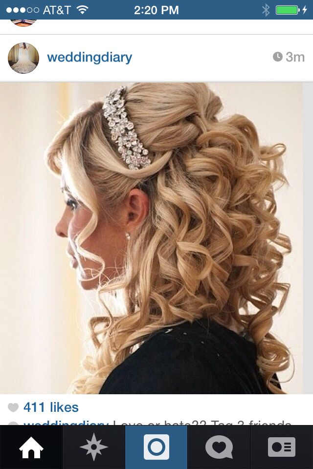 Great Half Up Half Down Look Hmmm Wedding Hair