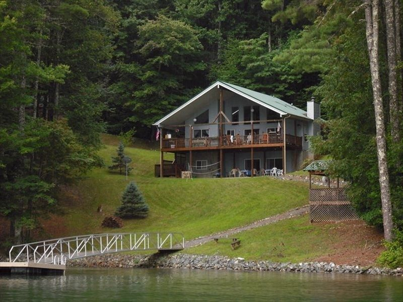 large lakefront cabin with dock north carolina usa