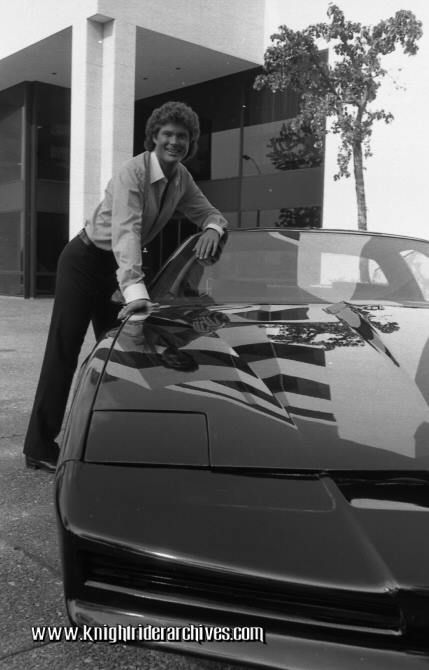 David Hasselhoff And The Knight 2000 In A Knight Rider Season 2 Portrait 1983 Tbt Knight Rider Rider Super Cars