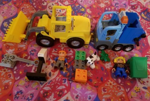 Lego duplo 10520 big front loader and 10519 trash truck recycling
