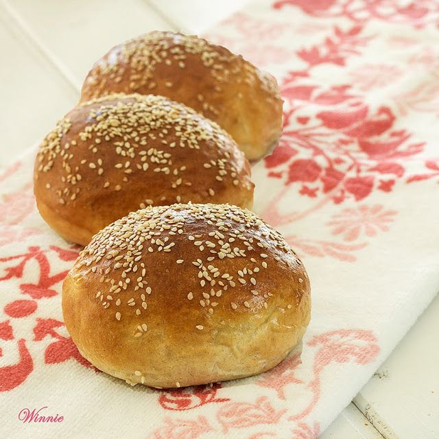 Challahs and Rolls with Whole-wheat and Semolina Something Sweet - Winnie's blog