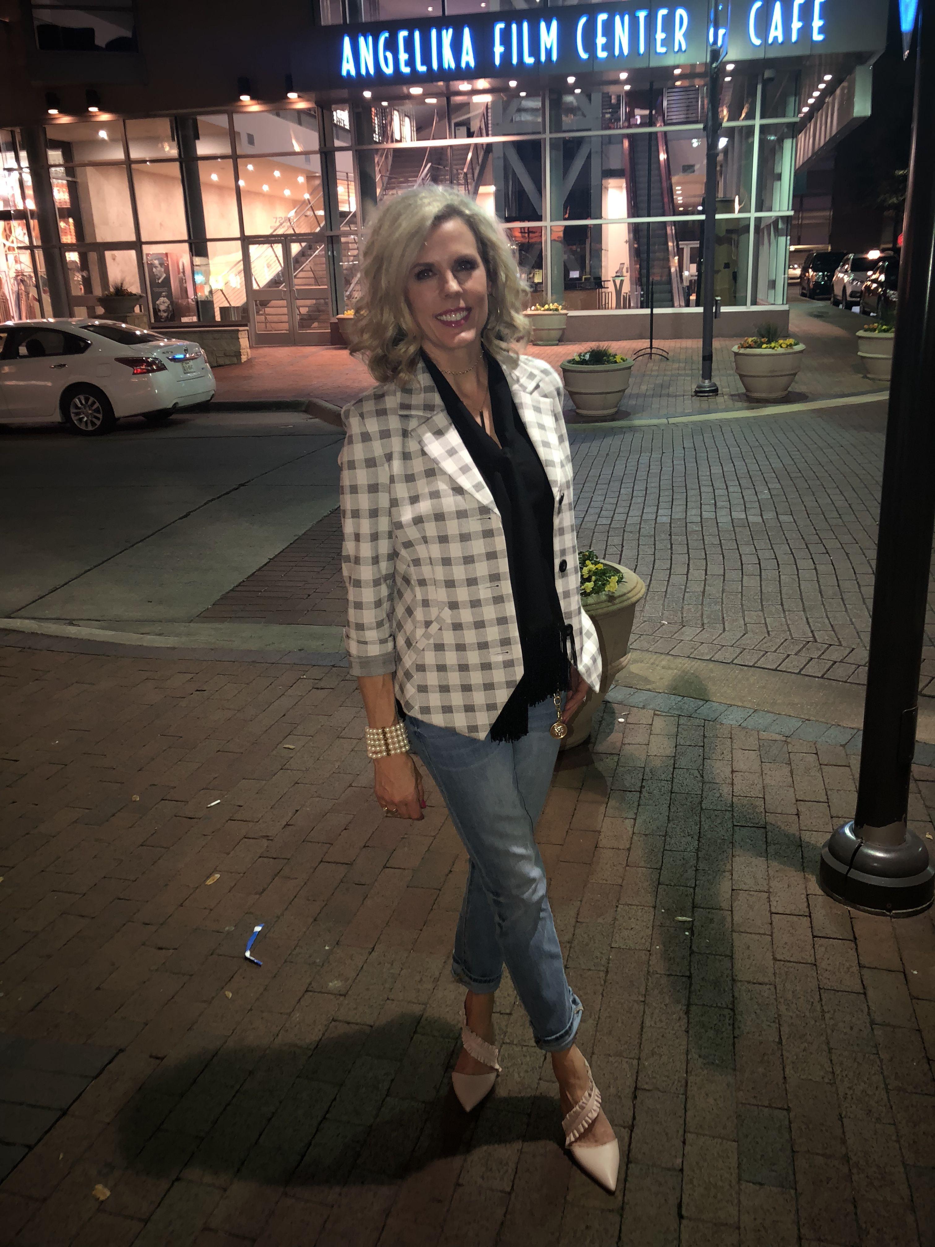 ba9fb71e87d7bb Valentina Blazer, High Straight, Charm Belt and Fringe Blouse (fall 2017).