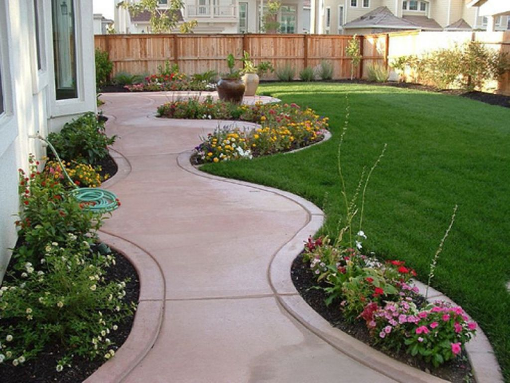 Simple backyard flower gardens - Tips On Build Small Backyard Landscaping Ideas Front Yard Flower Beds With Walkways For Small Backyard Landscaping Ideas And Lawn Also Inexpensive Privacy