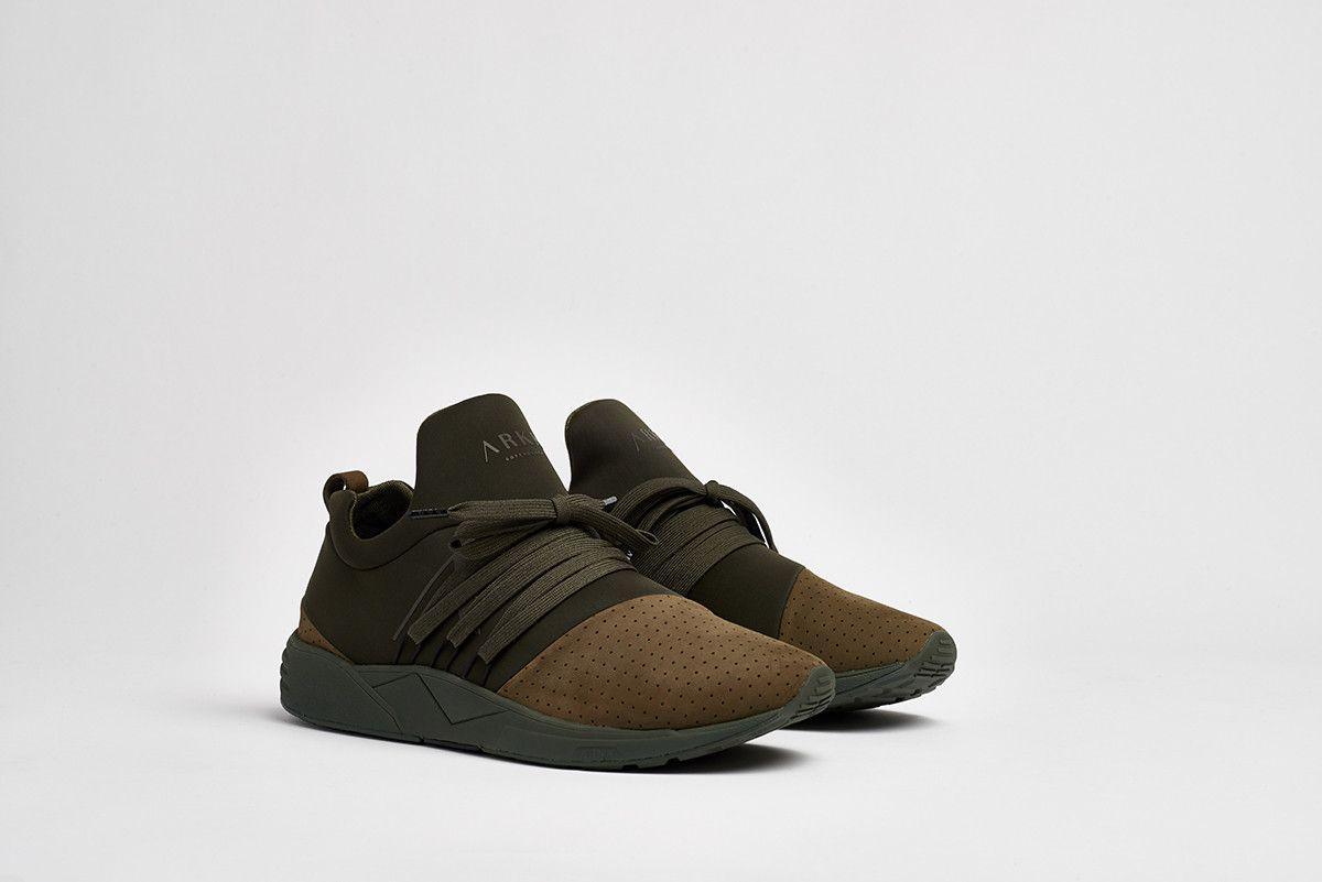 ARKK COPENHAGEN Kaufen Sie Schuhe und Kleidung für Verkauf
