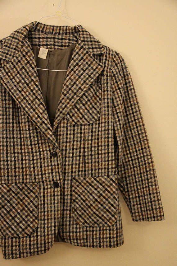 60s Era Vintage Wide Collar Plaid Sherlock Holmes Professor Blazer Jacket with Leather Arm Patches i