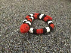 FREE PATTERN: Sleeping Snake This amigurumi pattern is for my Sleeping Snake. He loves to