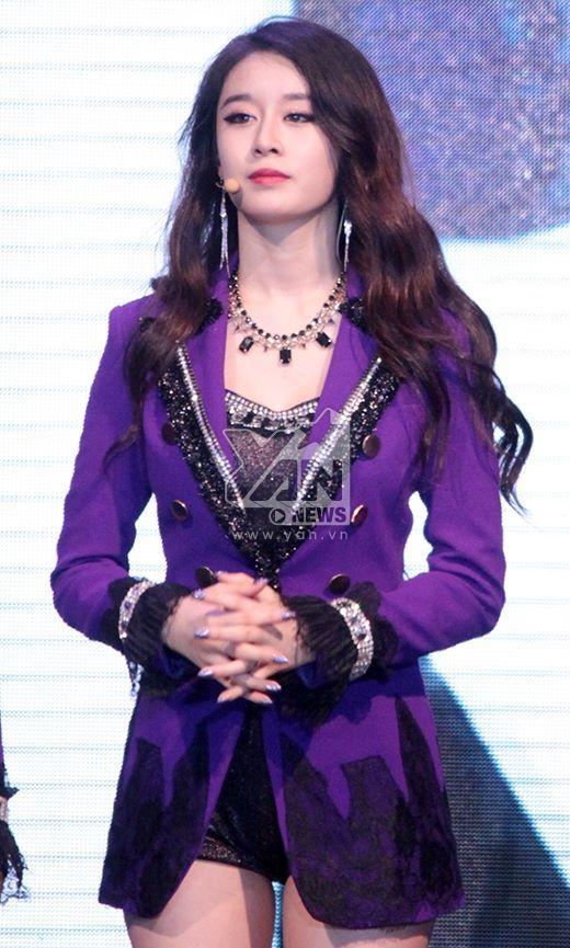 T-ara: JiYeon ---nin---