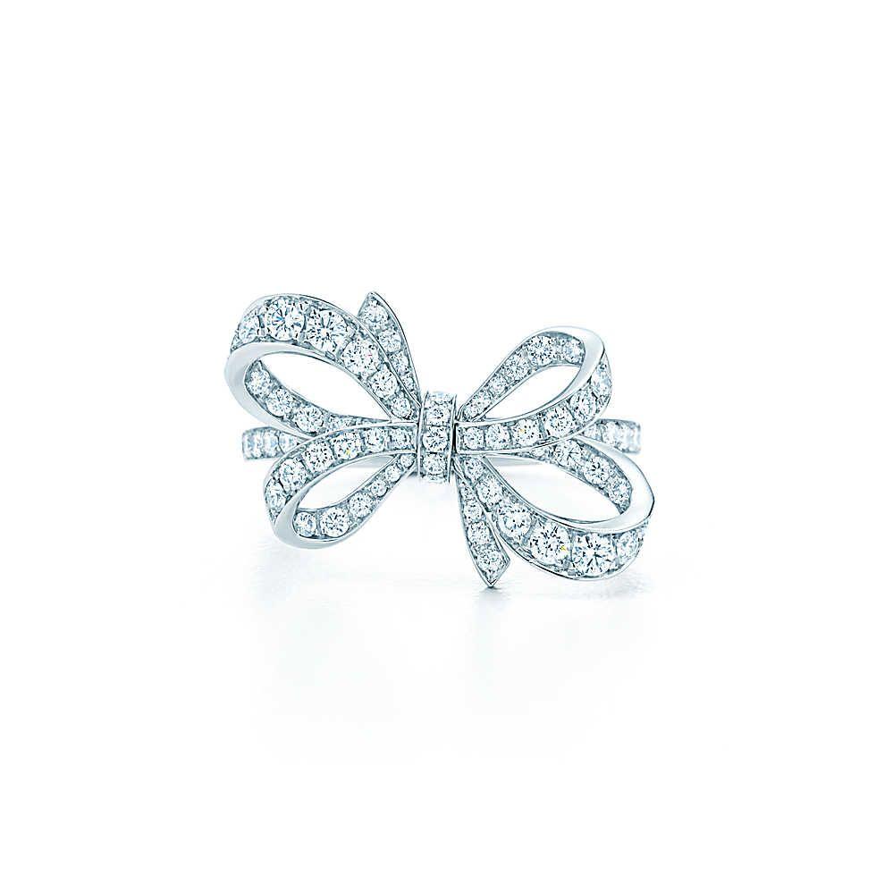 bague nœud en ruban, platine, diamants brillants ronds.   Tiffany & Co.